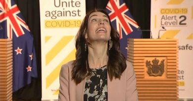 New Zealand: Prime minister Jacinda Ardern unrattled as earthquake hits during live TV interview | World News