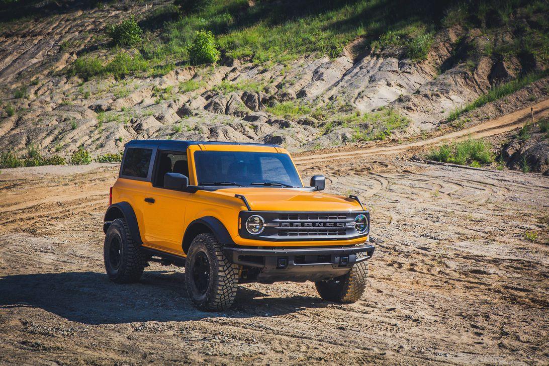 2021 Ford Bronco: 2-door costs $29,995, 4-door goes to ...