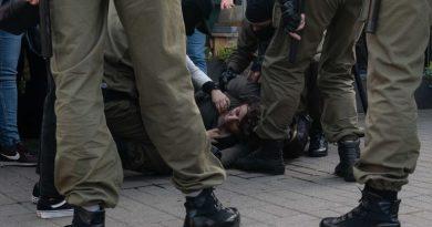 Belarus protests: Police arrest more than 200 women in crackdown on peaceful demonstration   World News