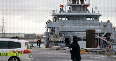France and UK warned Channel risks becoming 'graveyard for children' after migrant deaths | UK News