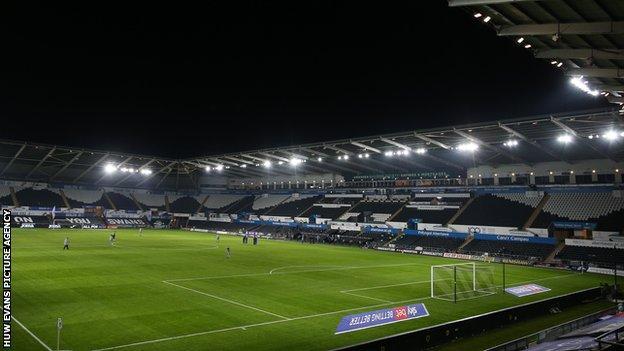 116308395 Cdf 301220 Ge Swansea City V Reading 11.jpg