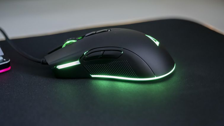 Aukey Gaming Keyboard Mouse Mousepad 07.jpg