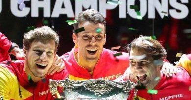 116564709 Nadal Trophy Epa.jpg