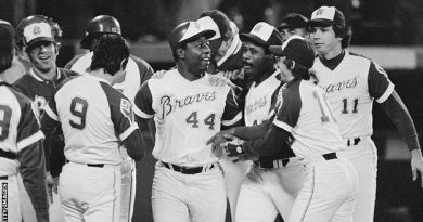 Hank Aaron: Major League Baseball legend 'Hammer' dies aged 86