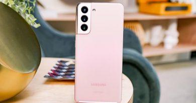 Samsung Galaxy S21 06158.jpg