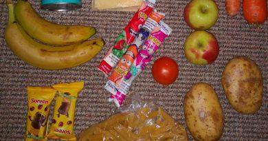 Skynews Food Parcel Free School Meals 5234791.jpg
