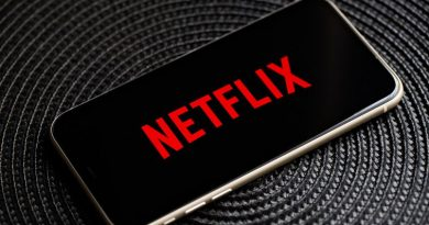 netflix logo phone 6449.jpg