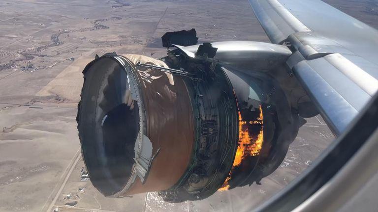 skynews plane engine fire 5279973.jpg