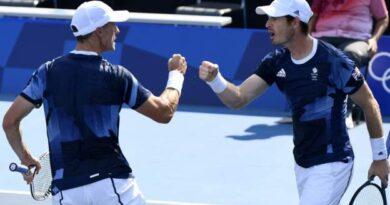Tokyo Olympics: Andy Murray and Joe Salisbury advance to men's doubles quarter-finals