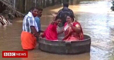 Kerala floods: Couple sail to wedding in large cooking pot